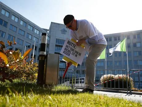 Springen tegen gaswinning Groningen