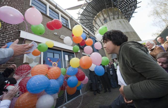 De opening van het dagcentrum aan de Lange Nobelstraat in Zierikzee was in 2009 nog een feestje waard.