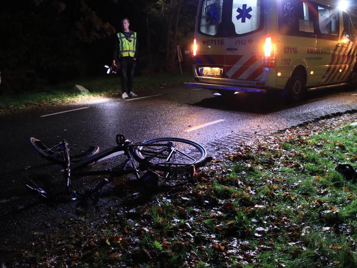 De fietser werd maandagavond aangereden op de Haarweg in Overberg.