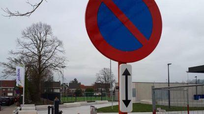 Gedeeltelijk parkeerverbod in buurt sportstadion