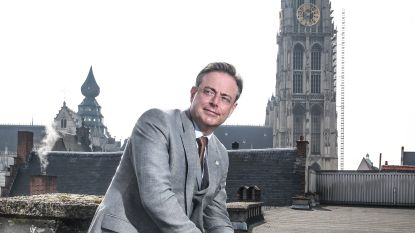 """Burgemeester De Wever: """"Als ik zou beloven dat het geweld gaat stoppen, zou ik liegen"""""""