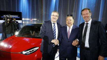 Chinese auto's rollen in 2020 van Waalse band