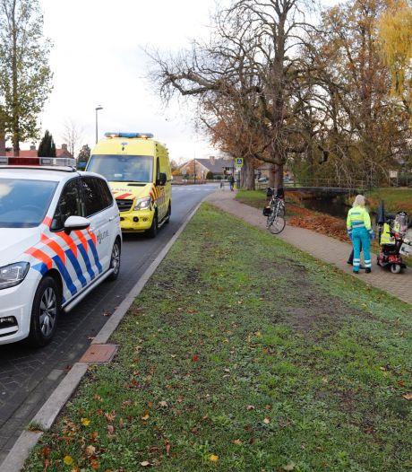 Man belandt met scootmobiel in het water in Boxmeer