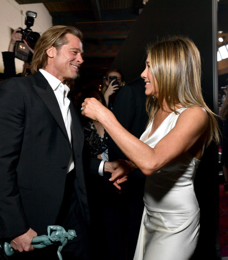 Jennifer Aniston lacht om grap van haar ex Brad Pitt over vreemdgaan