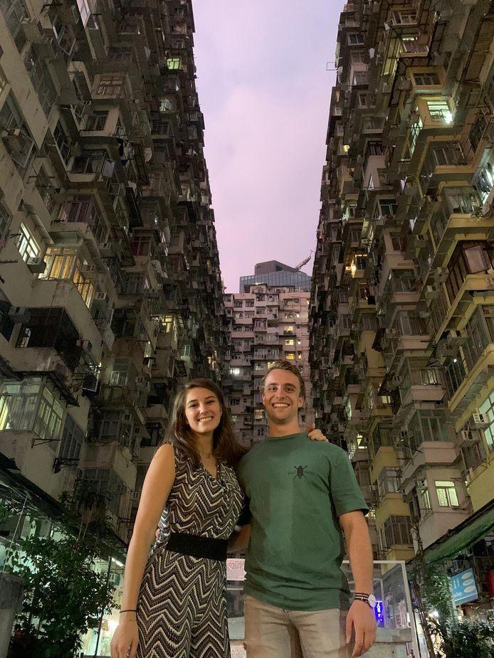 Rafke Fleischeuer (links) en Stef van Meetelen in Hongkong