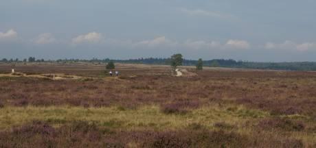 Heide bij Ede in november deels dicht vanwege strooien van schelpgruis