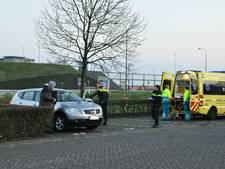 Man ligt onaanspreekbaar in auto in Waalwijk