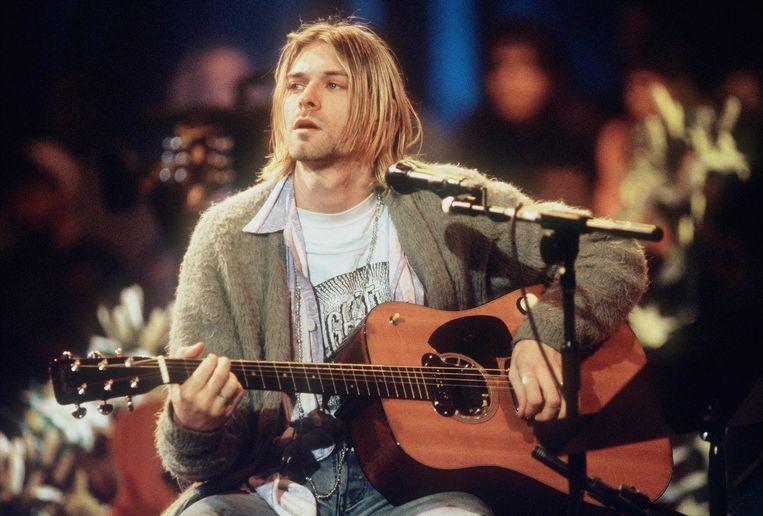 Nirvana-voorman Kurt Cobain tijdens de op opname van MTV Unplugged in New York. Beeld Getty Images