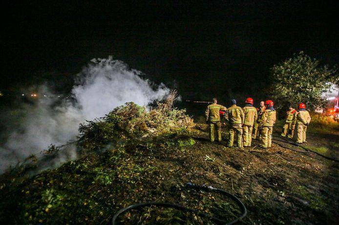 Boer steekt snoeiafval in brand op niet toegestaan tijdstip