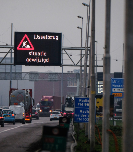 Logistieke sector vreest extra files op snelweg A12: 'Rijbaan minder, maar niet minder verkeer'