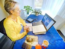 Online vergaderen in Borne verloopt soepel, maar: 'Ik mis de sfeer van de raadszaal'