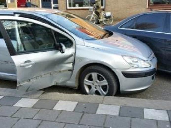 Vier auto's raakten beschadigd tijdens de achtervolging.