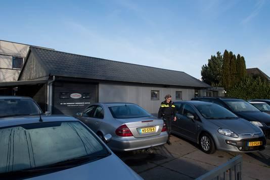 Het andere garagebedrijf aan de Oude Medelsestraat werd ook doorzocht in een groot drugsonderzoek.