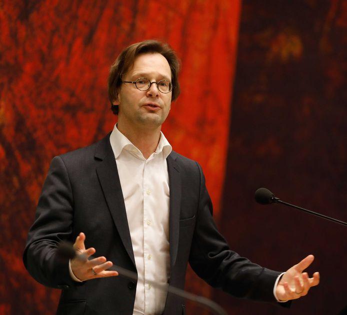 Ronald van Raak (SP) tijdens het Tweede Kamerdebat over de afschaffing van het raadgevend referendum