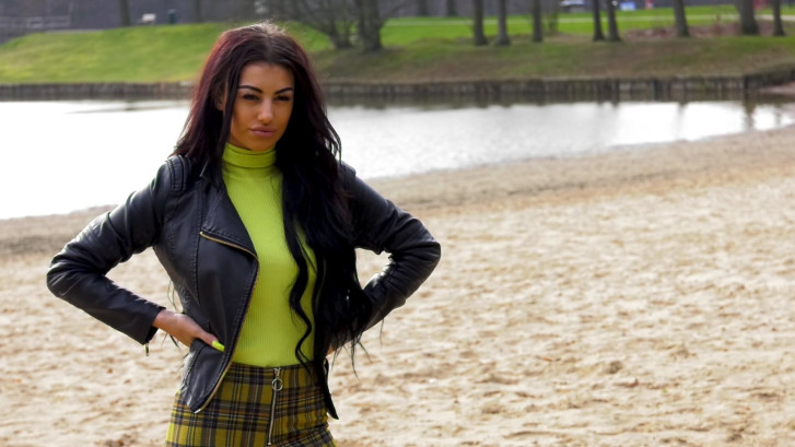 Ayleen (19) zit in Temptation Island: 'Ik grijp mijn prooi'