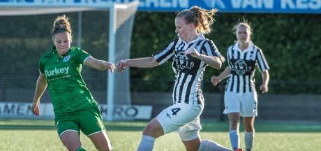 Van der Laan schiet Achilles met twee goals in blessuretijd naar winst