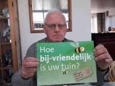Bijengilde Etten-Leur en Omstreken met vijf kraampjes op Hof van Houte