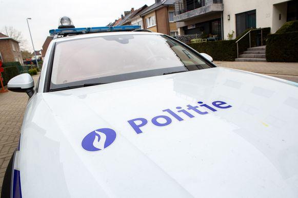 De politie kamde de omgeving uit maar kon niemand meer oppakken.
