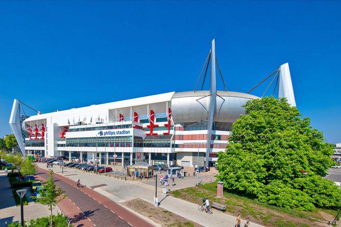 Het Philips Stadion is voorlopig dicht en niemand weet nog wanneer het weer open is.