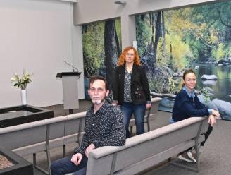 """Uitvaartcentrum Werbrouck nu met ruime aula, die kleiner gemaakt kan worden: """"Intieme, warme sfeer behouden is belangrijk"""""""