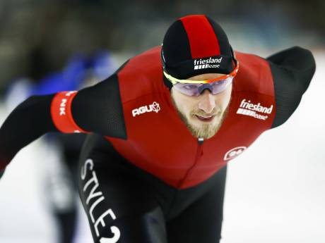 Jan Blokhuijsen leidt na eerste dag NK allround