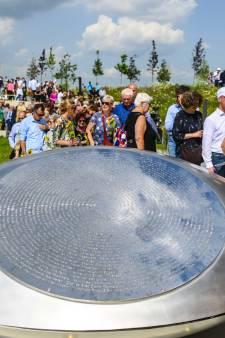 Weer klinken die 298 namen: herdenken van ramp met MH17 went nooit