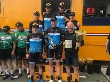 VolkerWessels-Merckx wint clubcompetitie