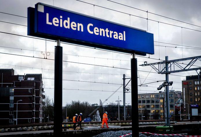 Station Leiden Centraal foto ter illustratie
