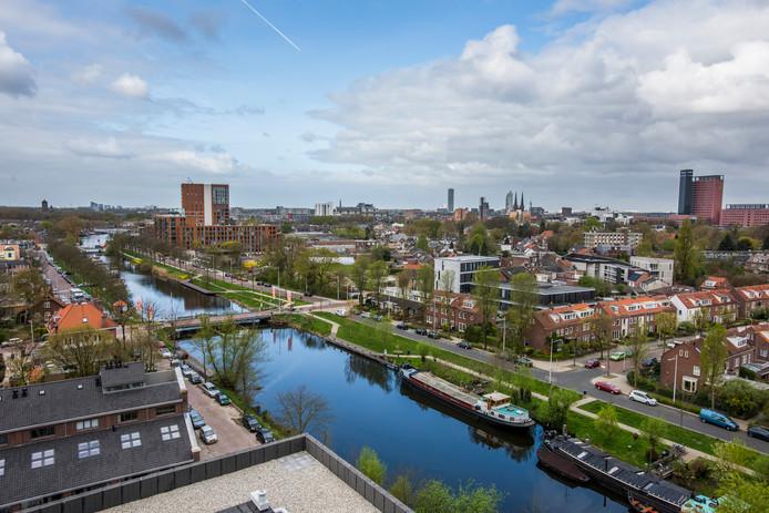 De skyline van Tilburg vanaf de Piushaven.
