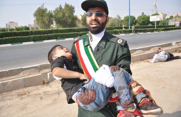 Iran roept Nederlandse ambassadeur op het matje na aanslag op militaire parade