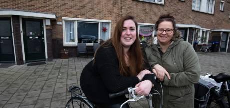 Deborah en Rebecca zijn sinds kort buren, maar nu al onafscheidelijk: 'Onze verhuisplannen zijn verwaterd'