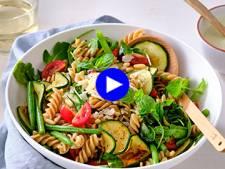 Le lunch de vos rêves: des pâtes saines, vite prêtes et gorgées de soleil et de légumes