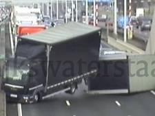 Vrachtwagen op kant; A16 richting Breda gestremd