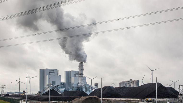 Kolengestookte RWE/Essentcentrale in de Eemshaven. Beeld null