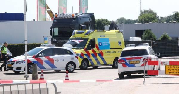 Ernstig ongeluk in Raalte: fietser overleden na aanrijding met vrachtwagen.