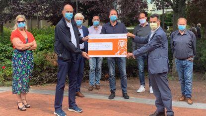 Schelle schenkt 1.000 euro aan AZ Rivierenland