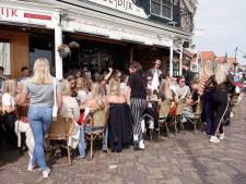 Volendam gaat tienerdrinken op z'n IJslands te lijf