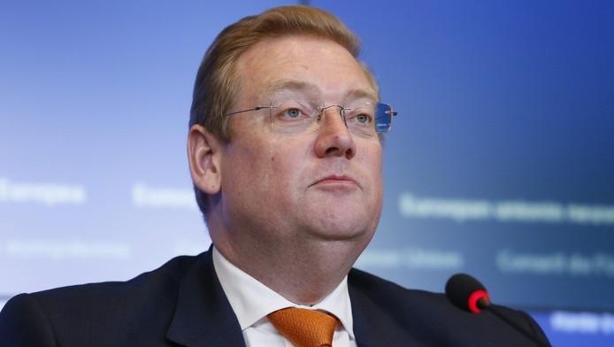 Minister Van der Steur.
