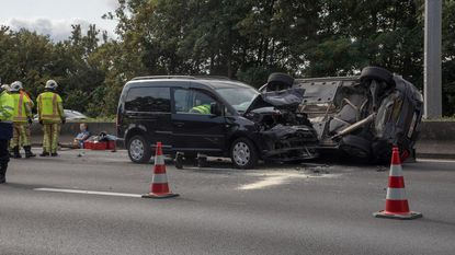 Vier gewonden en twee uur file na ongeval op E40
