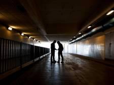Man mishandeld en gechanteerd na seksafspraak in Deventer: duizenden euro's kwijt