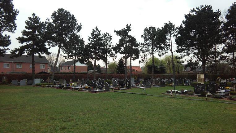 Het kerkhof van Lembeke.