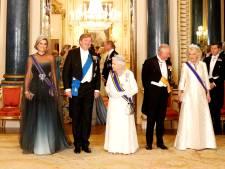 Ze doet het! Máxima met kostbare Stuart-diamant aan tafel bij Queen