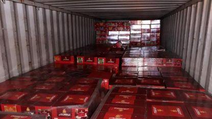 56 miljoen sigaretten en 17 ton waterpijptabak verborgen in vijf containers met tegels