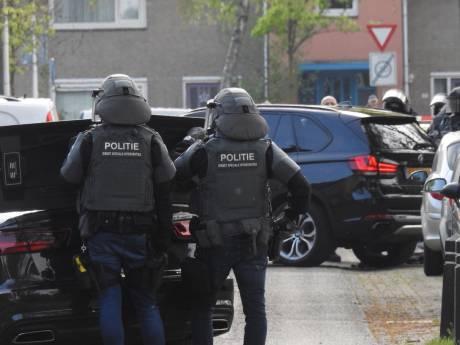 Arrestatieteam zoekt naar man met vuurwapen in Valkenswaard, niemand aangehouden