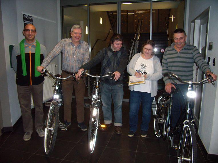 De afdelingsmanifestanten van ACV Lokeren hebben een petitie gelanceerd om te pleiten voor een fietsvergoeding voor elke werknemer.