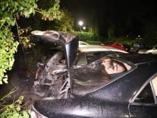 Twee auto's in brand op parkeerplaats in Culemborg