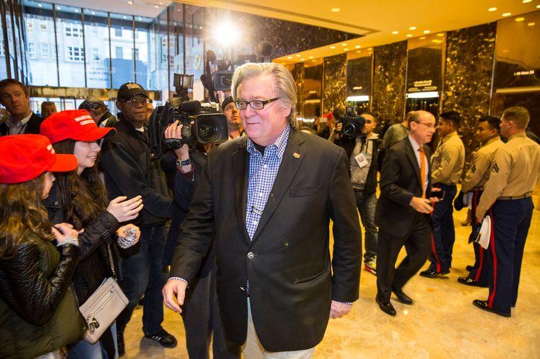 Steve Bannon na een bezoek aan de Trump Tower, vorige week. Beeld photo_news