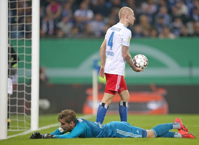 RB Leipzig heeft 1-3 gemaakt. Doelman Julian Pollersbeck en Rick van Drongelen zijn verslagen.
