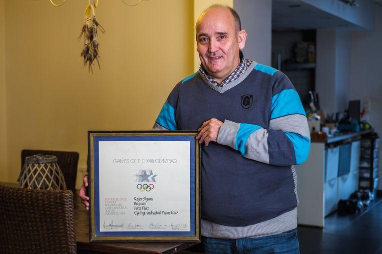 Roger Ilegems met zijn olympische titel uit 1984.
