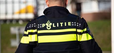Oldenzaler (21) beroofd in Enschede, politie zoekt getuigen